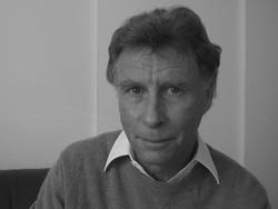 Robert Schönholzer, CEO & Inhaber