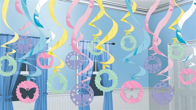 Girlanden für die Baby Shower Party