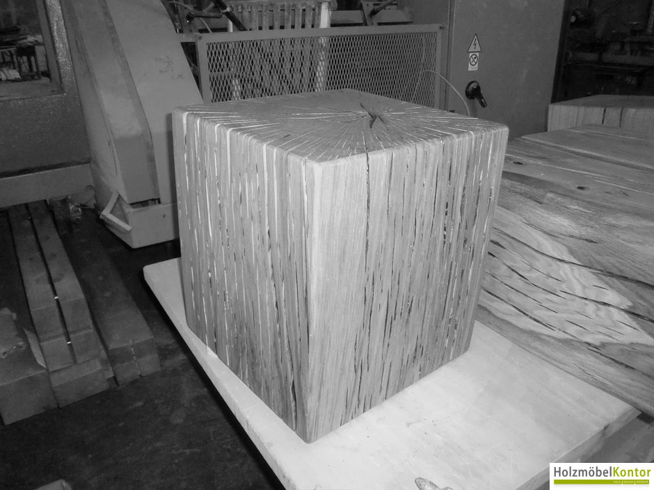 holzblock-coffee-table.jpg